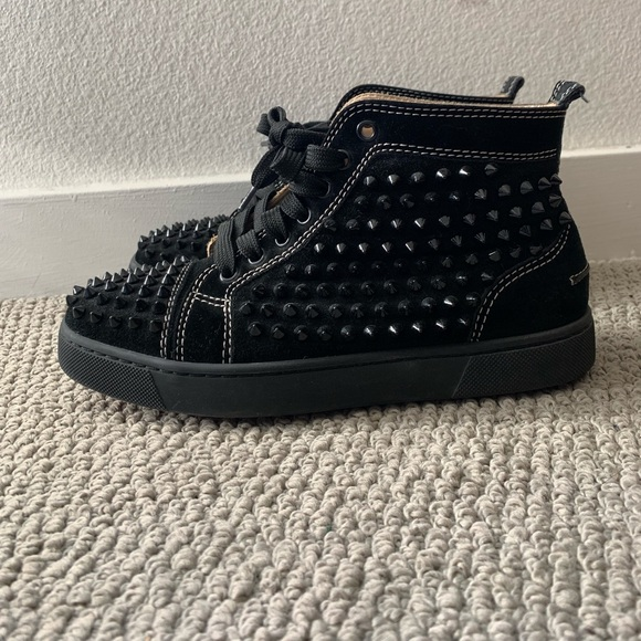 new concept a4acd 28706 Black Suede Christian Louboutin Sneakers w Spikes